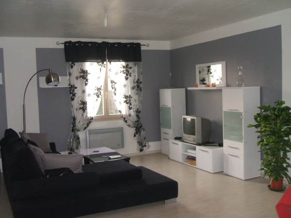 decoration pour petit salon. Black Bedroom Furniture Sets. Home Design Ideas